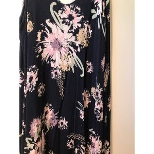Love in Dresses - Watercolor Floral Maxi Dress